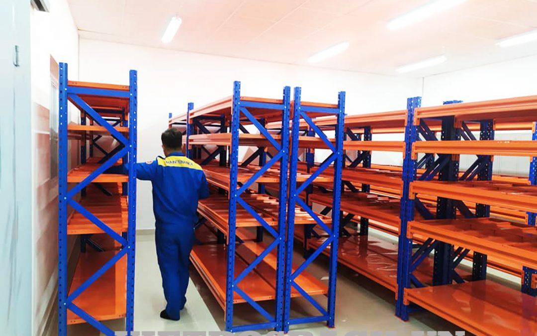 Lắp đặt kệ trung tải cho kho hàng công nghiệp Hyosung tại Quảng Nam