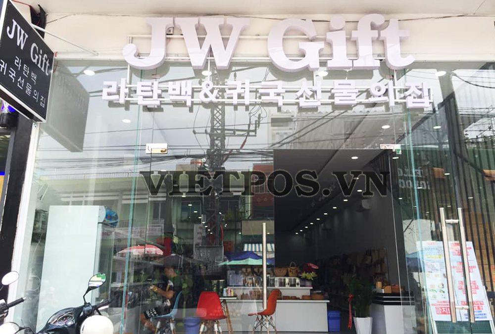 Lắp đặt kệ siêu thị lưới cho JW Gift tại Nha Trang