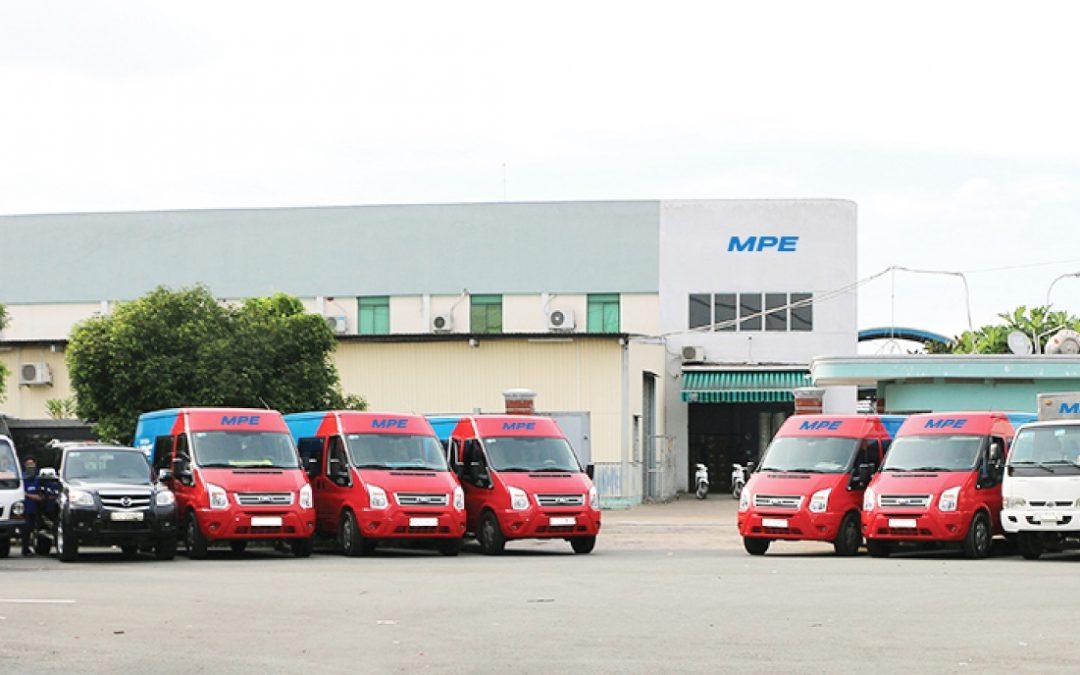 Cung cấp kệ quảng cáo cho Công ty điện MPE